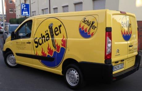 Autofolierung für mittelgroßen Firmenwagen