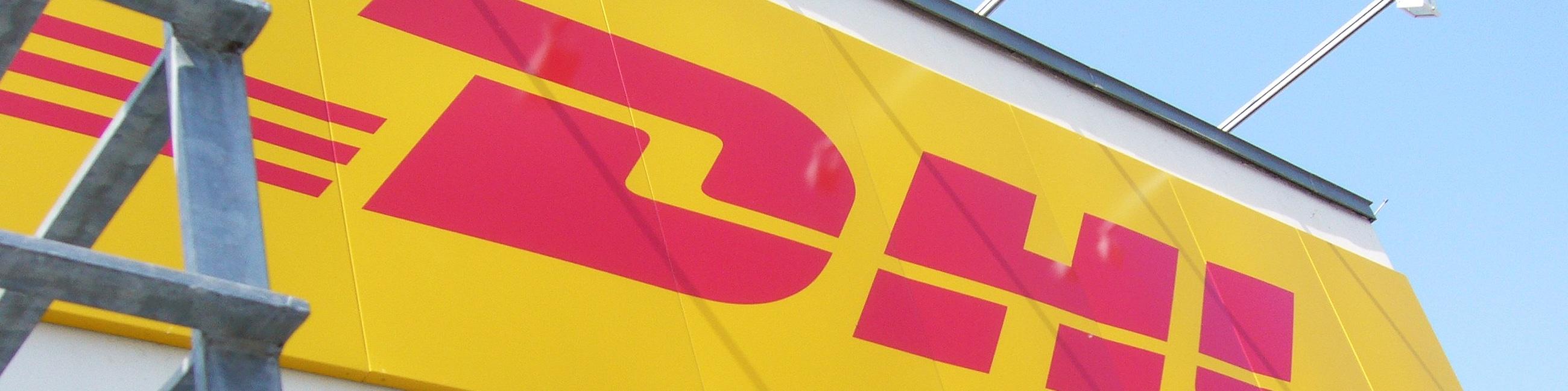 Werbeschild für DHL